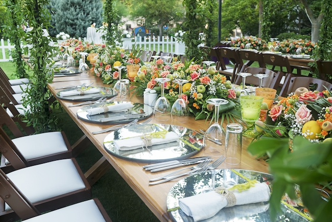 How to Safely (and Efficiently) Set Up Your Wedding Venue