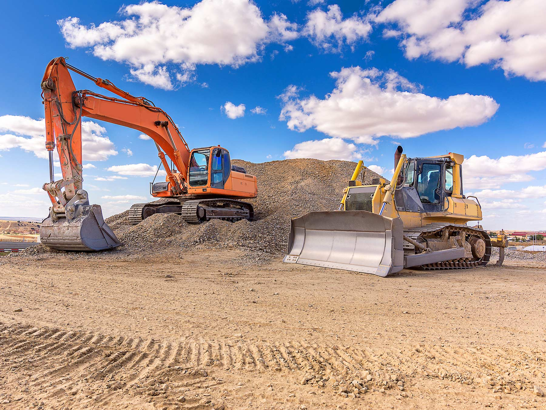 Backhoe vs. Excavator: Which Machine Is Best for Your Project?