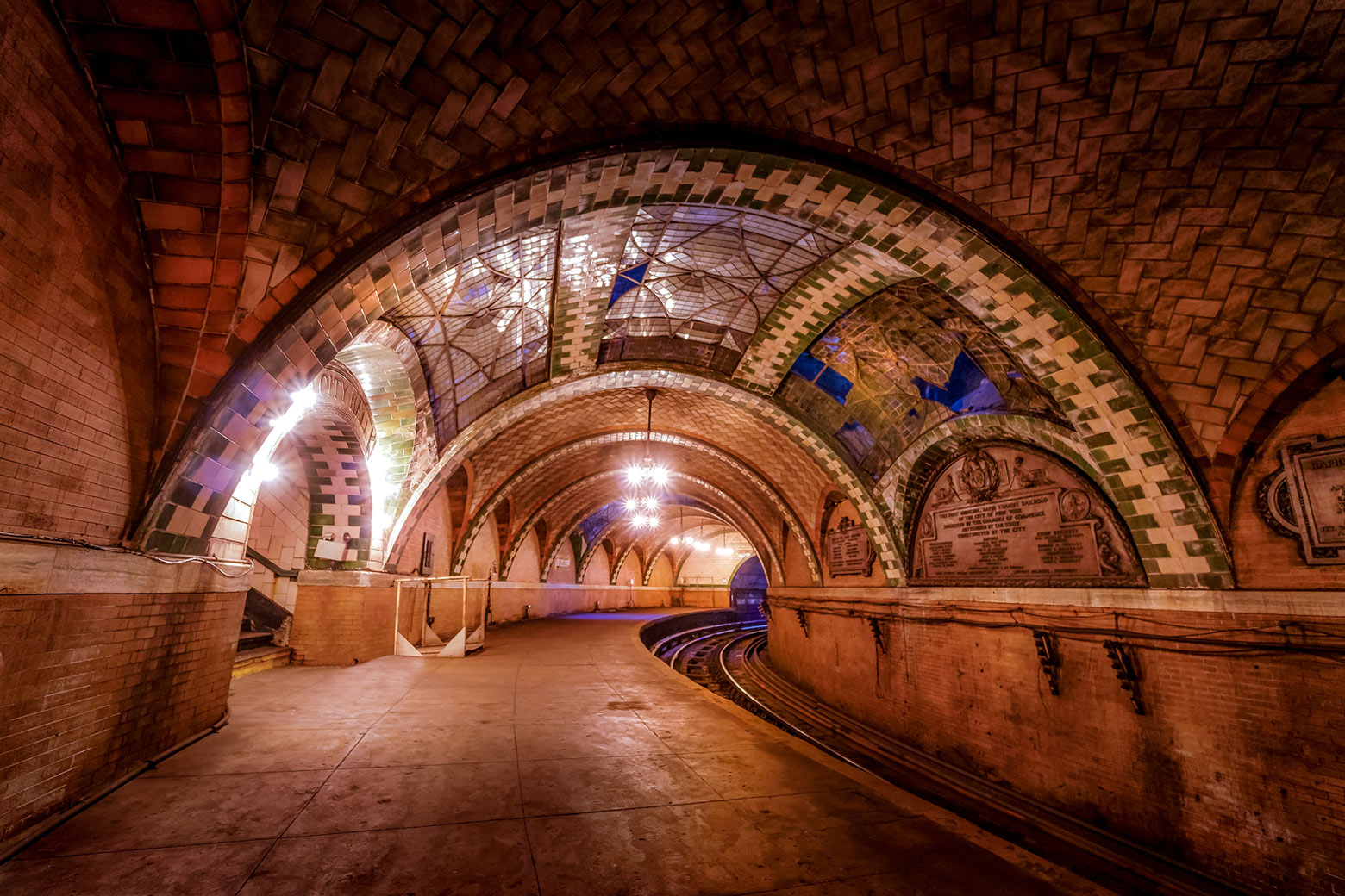 Abandoned NYC City Hall subway.