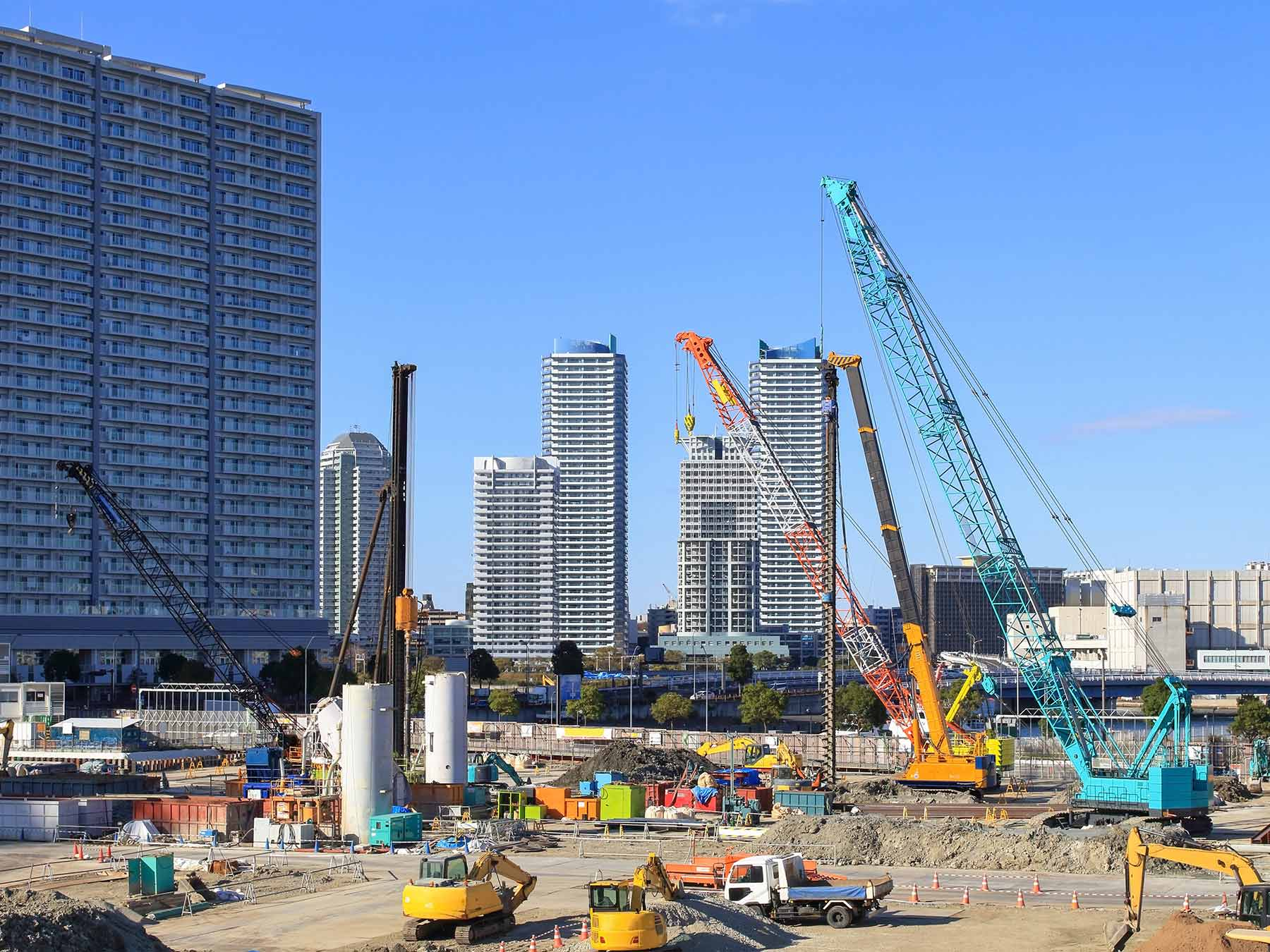 11 Types of Cranes Commonly Used in Construction
