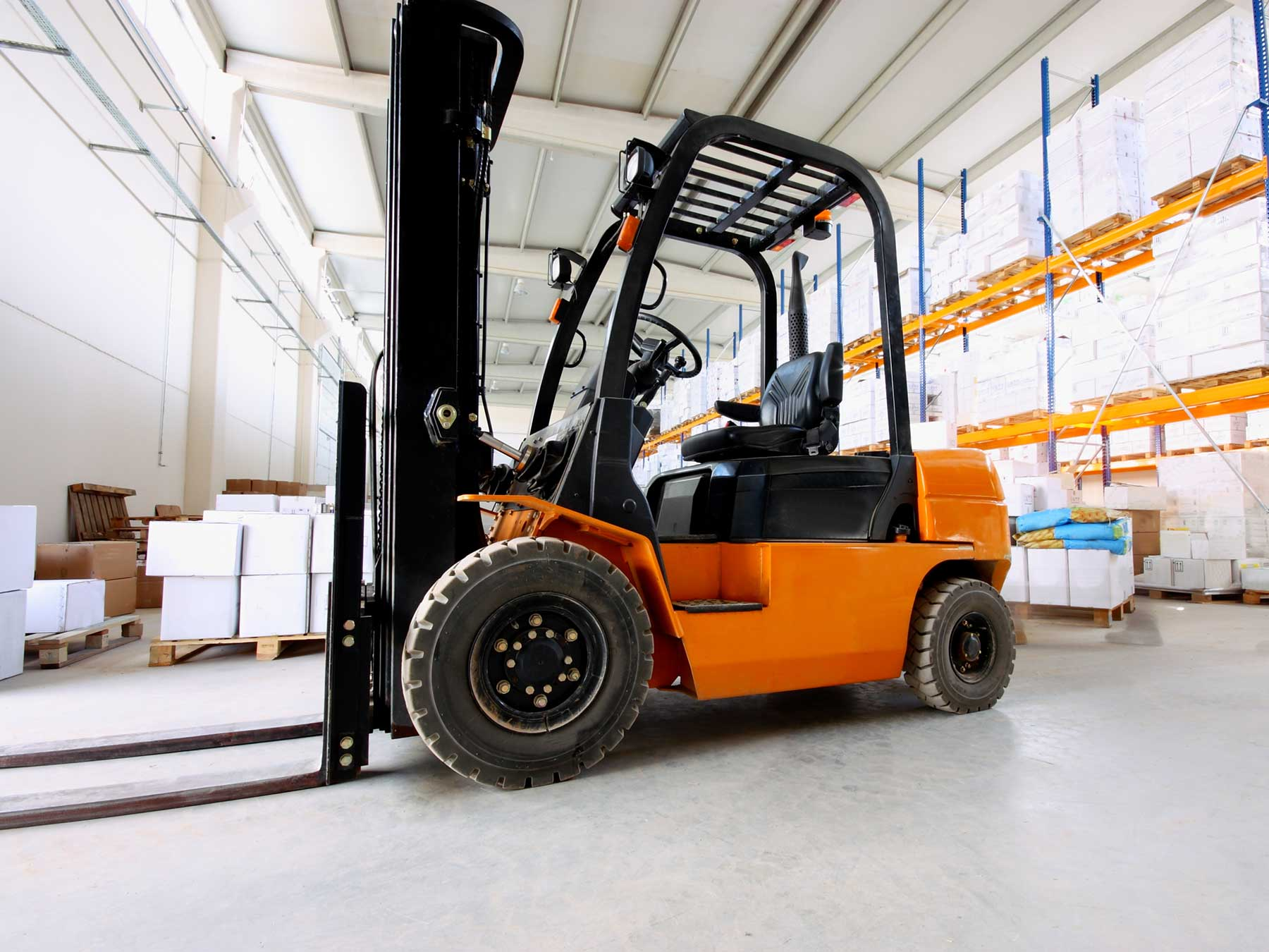 10 Different Forklift Types and Their Uses | BigRentz