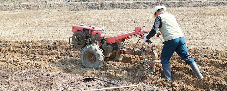 How to Use a Rototiller to Level the Ground