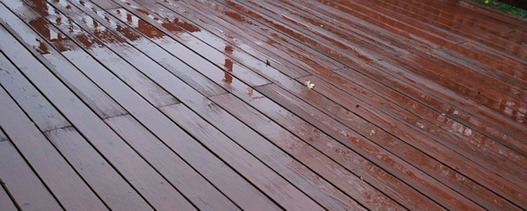 How to Professionally Pressure Wash Your Deck Clean